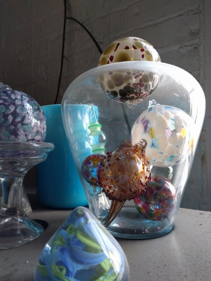 Jar with blown glass bulbs