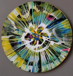 > Bayraktagalu; spin art on vinyl record. ©