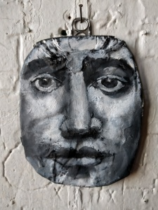 Corrine Bayraktagalu, portrait on road-kill can ©